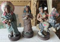 Figurines resine indiens.JPG